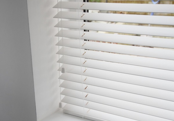 Blinds Cleaning Amp Repairs Auckland Blinds Cleaning Call